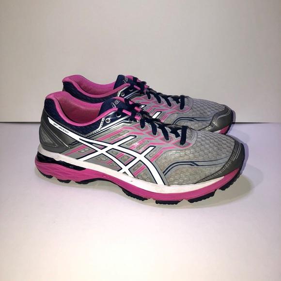 Asics Shoes - Asics GT 2000 Running